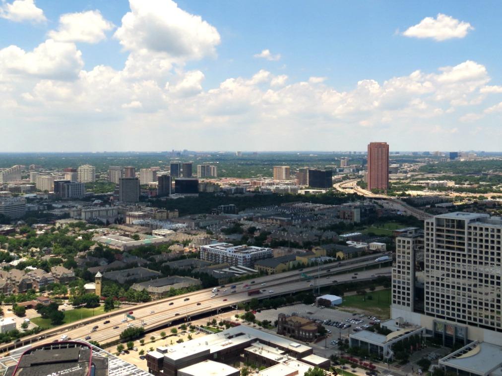Dallas - Sky Lobby 3