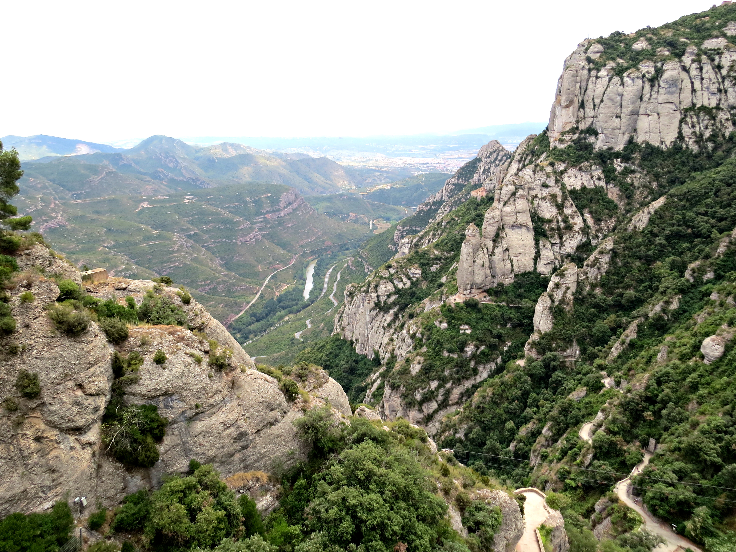 Montserrat 4