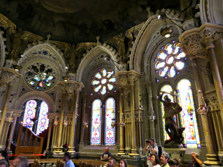 Montserrat 9