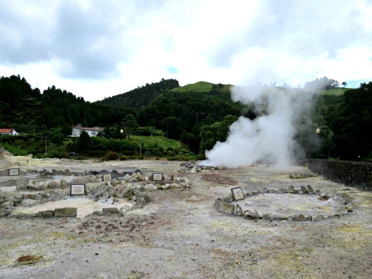 Furnas hot spring 2