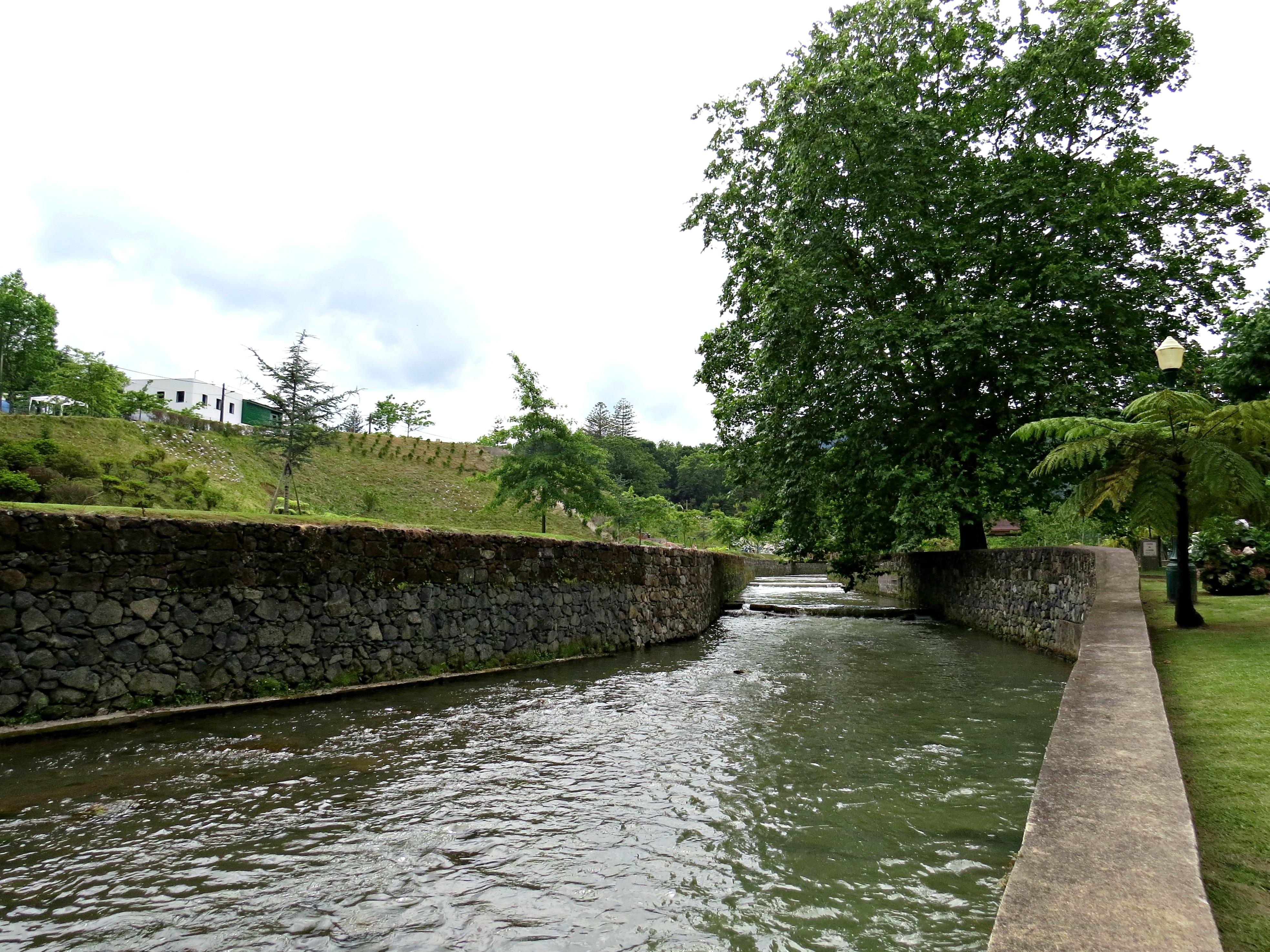 Furnas river