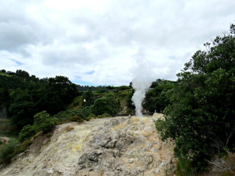 Furnas hot spring 1