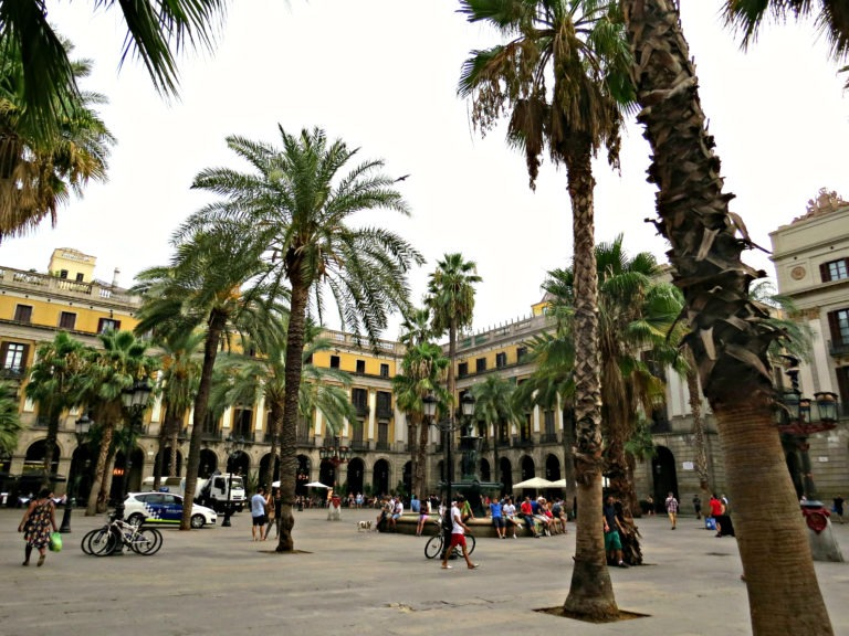 Barcelona - Plaça Reial 1
