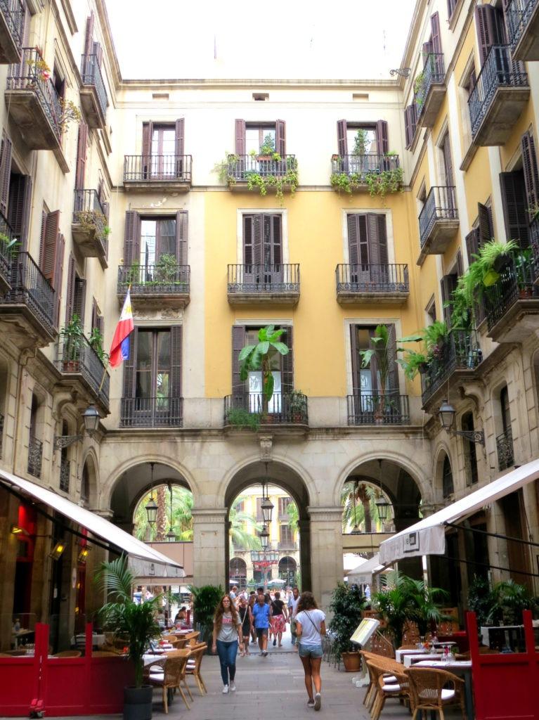 Barcelona - Plaça Reial 4