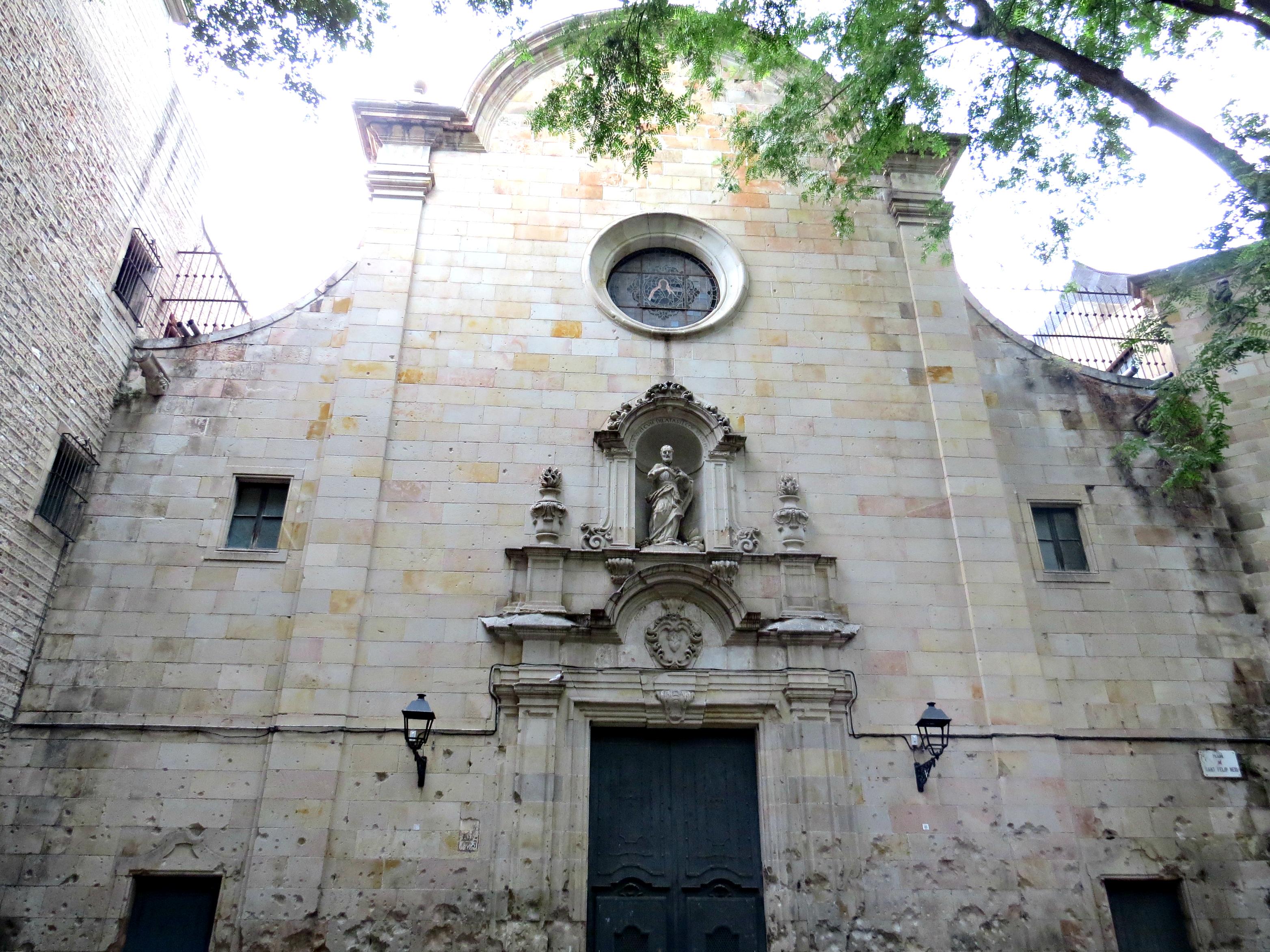 Barcelona - Plaça de Sant Felip Neri 2