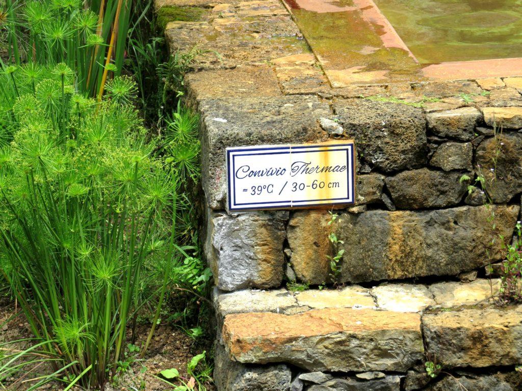 Water temperature sign furnas