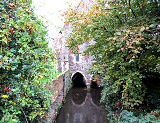 Canterbury 9