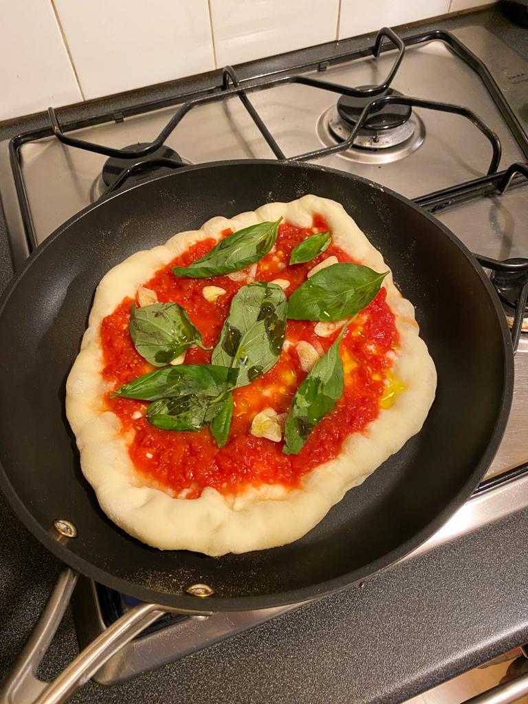 lockdown activity marinara pizza