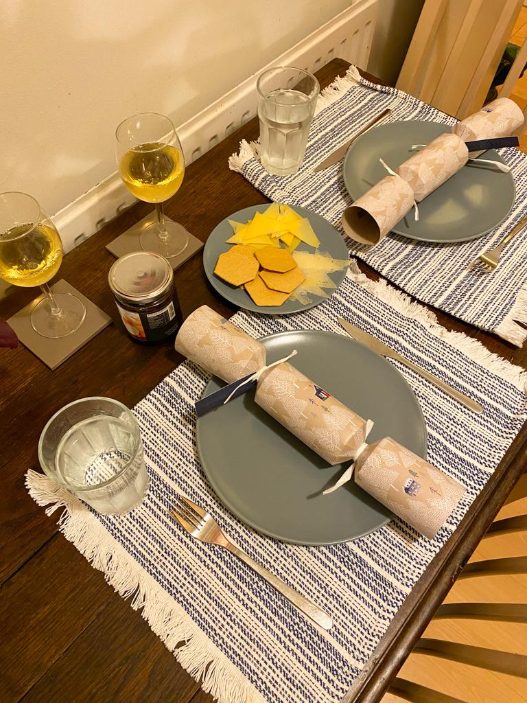 new years eve dinner cracker